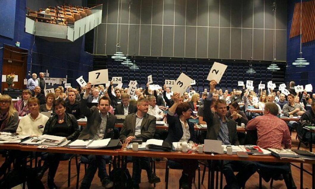 De fleste av delegatene på landsmøtet til Politiets Fellesforbund i Molde stemte for at PF skal jobbe for generell bevæpning av norsk politi.