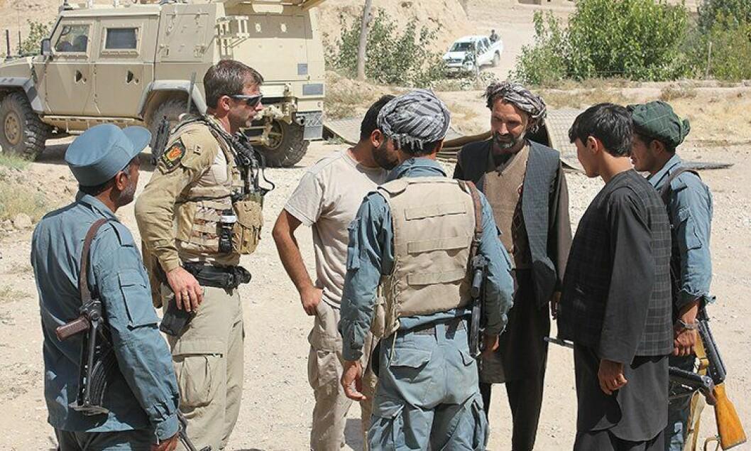 Vegard Jordheim, Police Mentoring Team, veileder lokalt politi i Pashtun Khowt i Afghanistan.