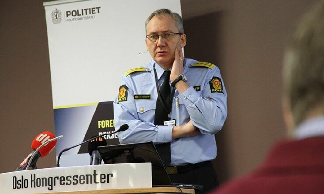Politidirektør Odd Reidar Humlegård presenterer Strasak-tallene for 2012.|