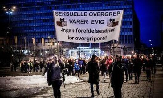 Fakkeltog i Oslo, mot foreldelsesfrist i overgrepssaker.