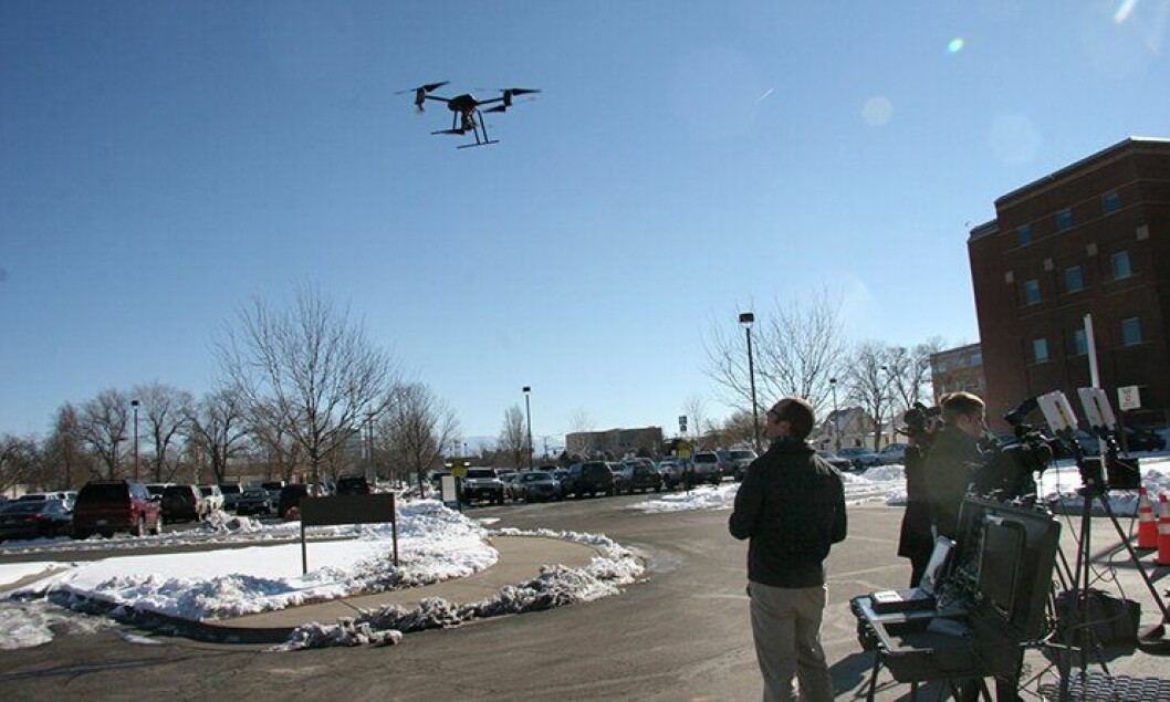 Politiet i Mesa County tester ut dronen Draganflyer X6.