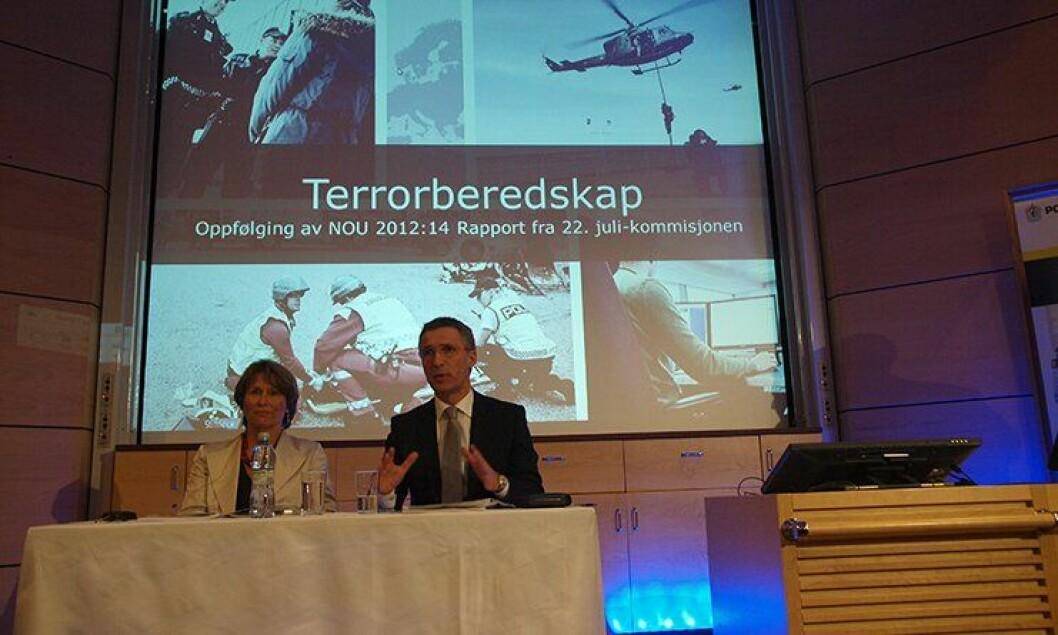 Under en pressekonferande 20. mars 2013 la Regjeringen 100 millioner kroner på bordet for å bedre politiberedskapen. Justisminister Grete Faremo og statsminister Jens Stoltenberg sto for framleggelsen.