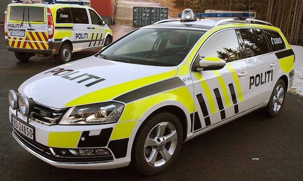 VW Passat med ny uniformering.