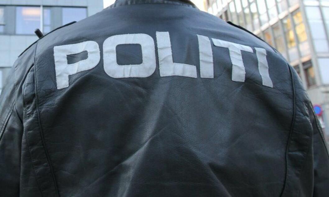 Politibetjenter ble tilkjent erstatning for å ha blitt truet på livet.