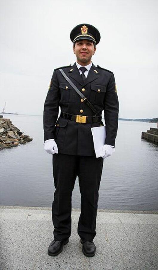 Zacharia Ajjaji, nyutdannet politistudent fra Politihøgskolen (PHS) i Stavern.