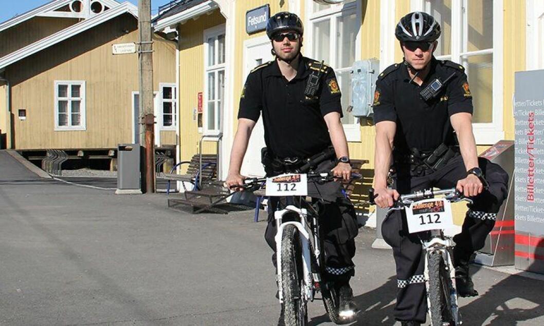 Jonas Kvamme Iqbal og Alexander Østerhaug fra Fet og Rælingen lensmannskontor stiller i «Challenge40», som blir en tøff utfordring i Fet-marka.