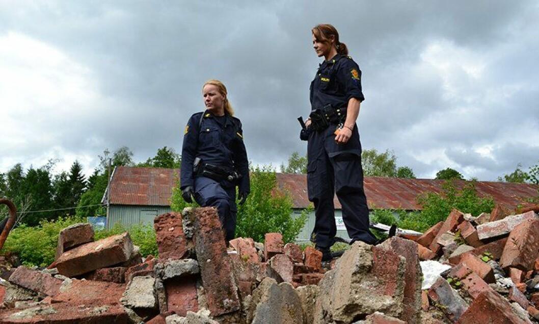 I høstens «Nattpatruljen»-sesong følger vi blant annet Anniken og Cathrine fra Follo politidistrikt, hvor de blant annet er på søk etter en savnet person.