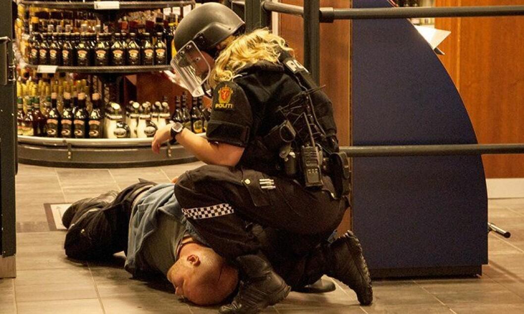 Politiet i Hammerfest gjennomførte en øvelse på Vinmonopolet.