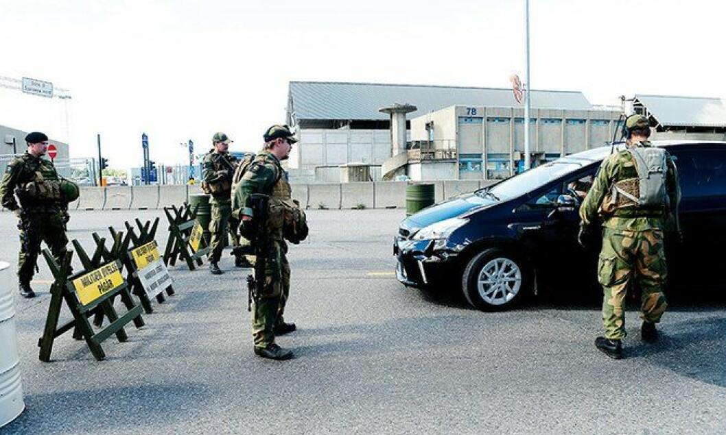 Objektsikring under en samøvelse mellom Forsvaret og politiet.