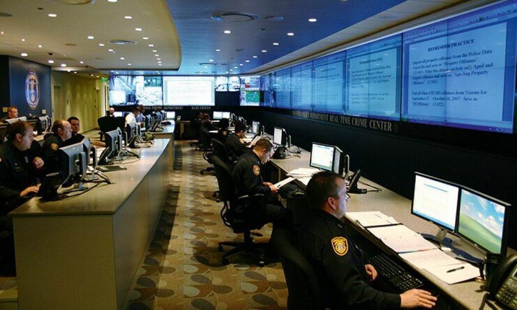 Real time crime centre i Membhis, USA. Her får politiet varsler om når og hvor kriminalitet er forventet å oppstå.