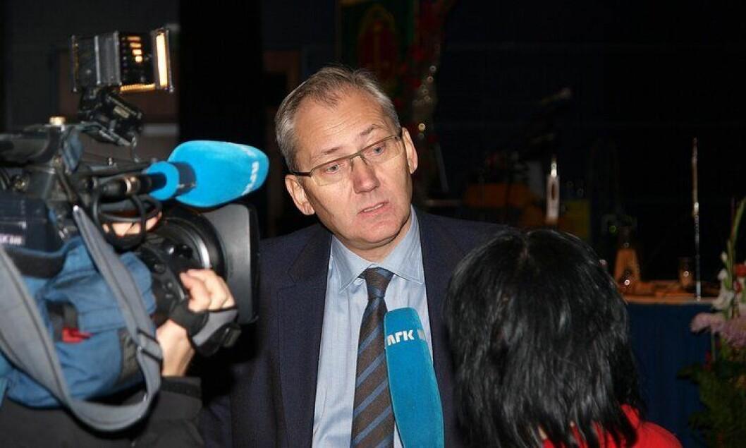 Politidirektør Odd Reidar Humlegård anbefaler seks politidistrikter. Her fra Politiets Fellesforbunds landsmøte i 2012.