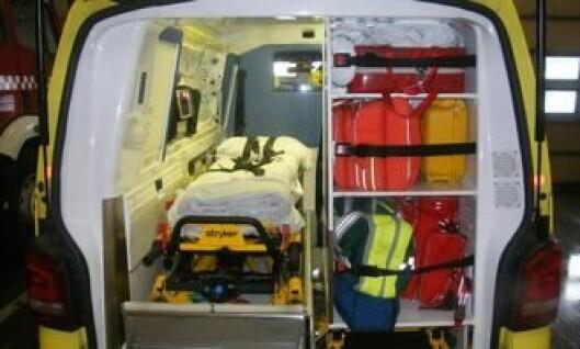 Slik lagres utstyr i ambulanser.