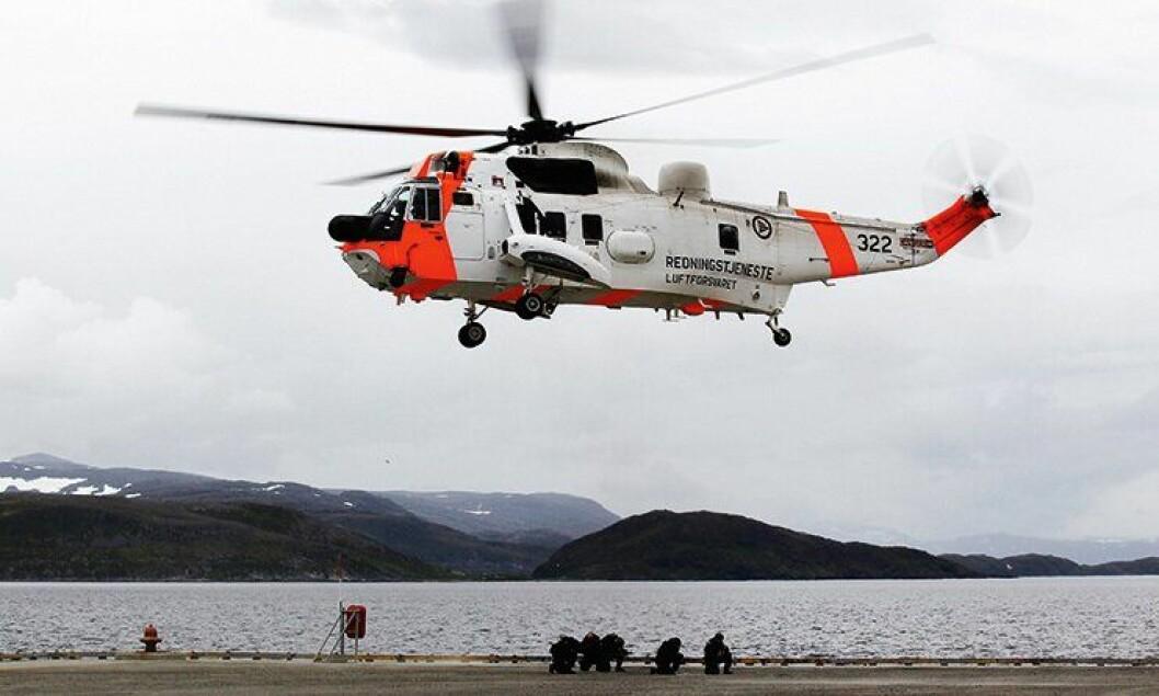 Et Sea King redningshelikopter deltar i Øvelse Gemini 2011.