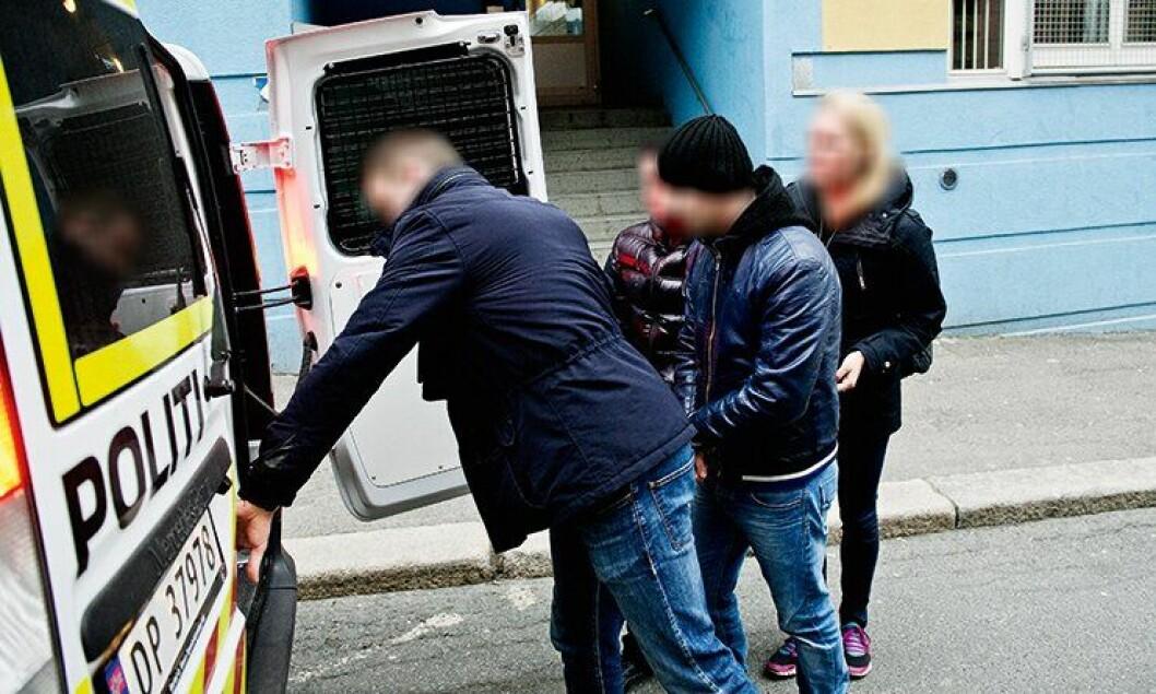 Her tar Oslo-politiets lommetyvgruppe lommetyv nummer 163 og 164.