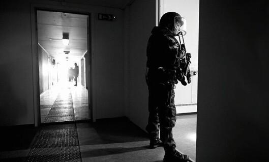 Politiet og de andre nødetatene får nye retningslinjer for å håndtere situasjoner med pågående livstruende vold. Her fra en samøvelse i Stavanger.