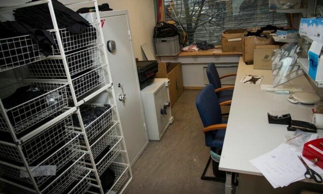 Det er for lite kontorplass hos hundetjenesten.