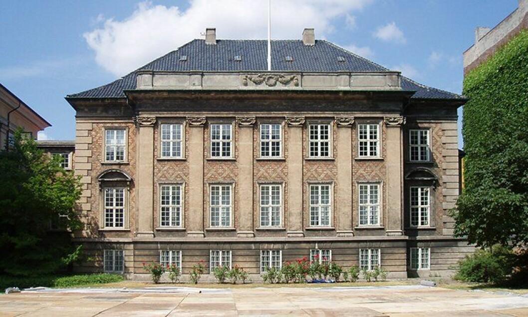 Her, i Østre Landsret i Danmark, har penger gått under bordet mellom advokater og involverte i saken.