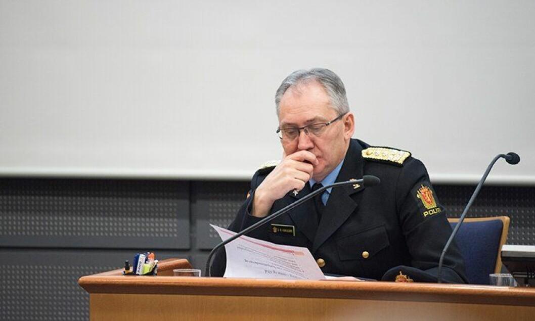 Politidirektør Odd Reidar Humlegård og POD skal snart bla gjennom søknader fra politidistriktene, og avgjøre hvem som skal få nye stillinger.