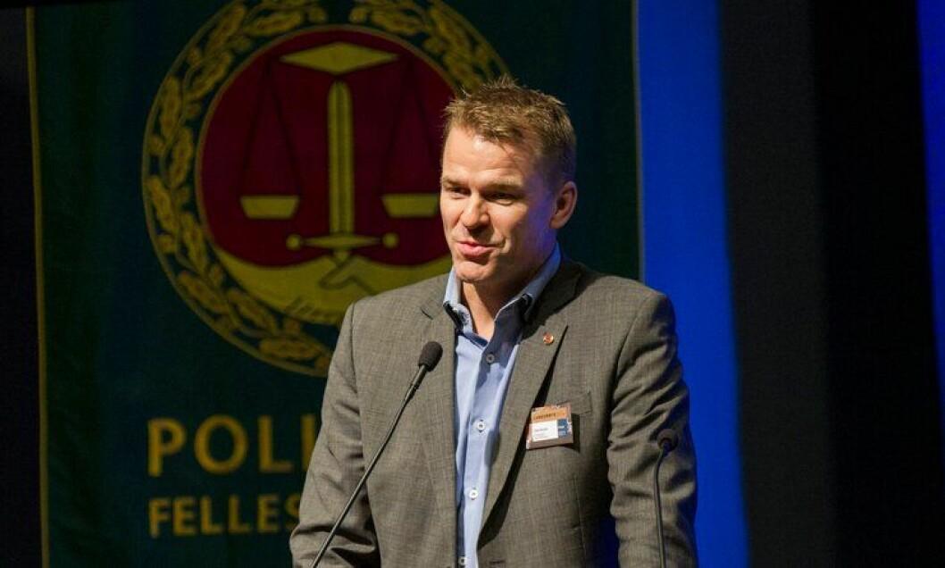 Sigve Bolstad, leder i PF, og nestleder Unn Alma Skatvold forhandlet lønn med generalsekretæren. – En rettighet å få pensjon, sier Bolstad.