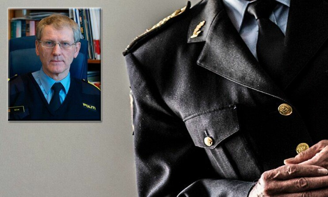 Assisterende politidirektør Vidar Refvik sier at søkere som enten har politiutdanning og/eller juridikum har en kompetanse som ikke er noen ulempe hvis lederkompetansen og de øvrige kvalifikasjonskravene er på plass.