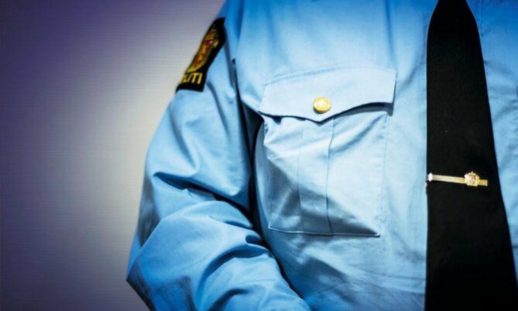 I JOBB: Politimannen har opplevd mye gjennom mange år i politiet. Han er fortsatt i jobb.