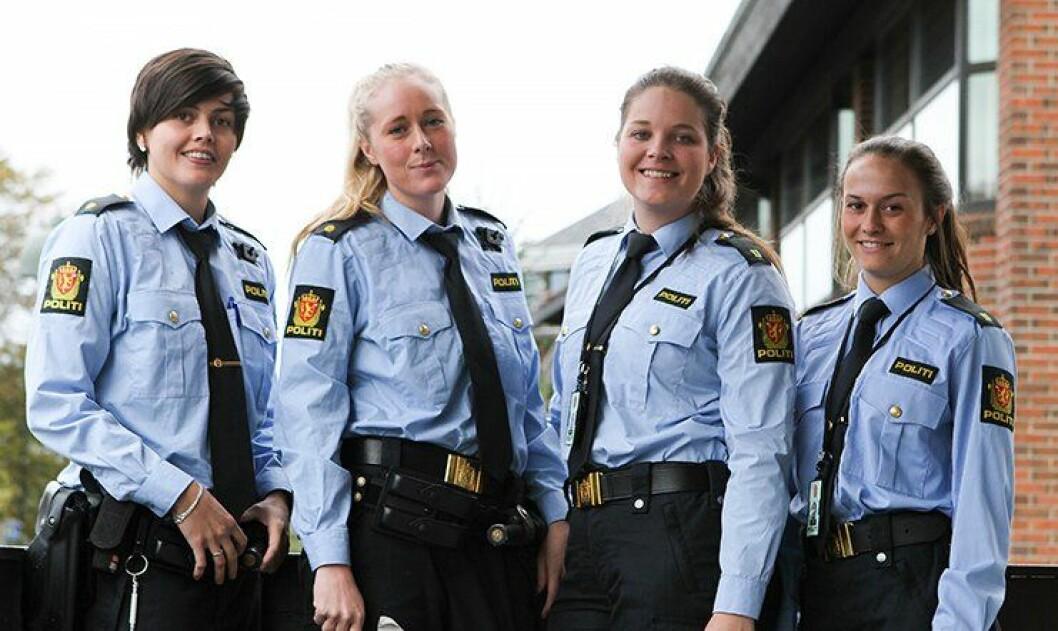Siv Monika Henningsen, Kristine Haraldseid, Ingvill Kjuul og Cathrine Winje utgjør den store kvinneandelen på Sola lensmannskontor.