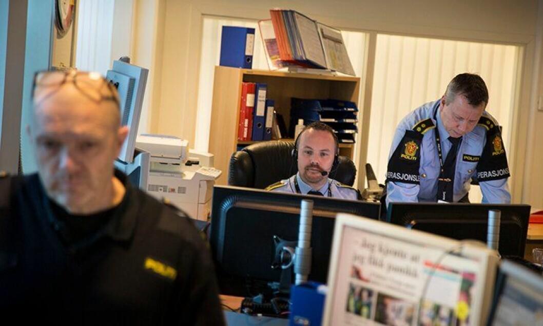 Operasjonslederne Gunnar Bjanes og Arve Ruud på Romerike, sier det ikke er aktuelt for dem å flytte dersom arbeidsplassen forsvinner til Østfold.