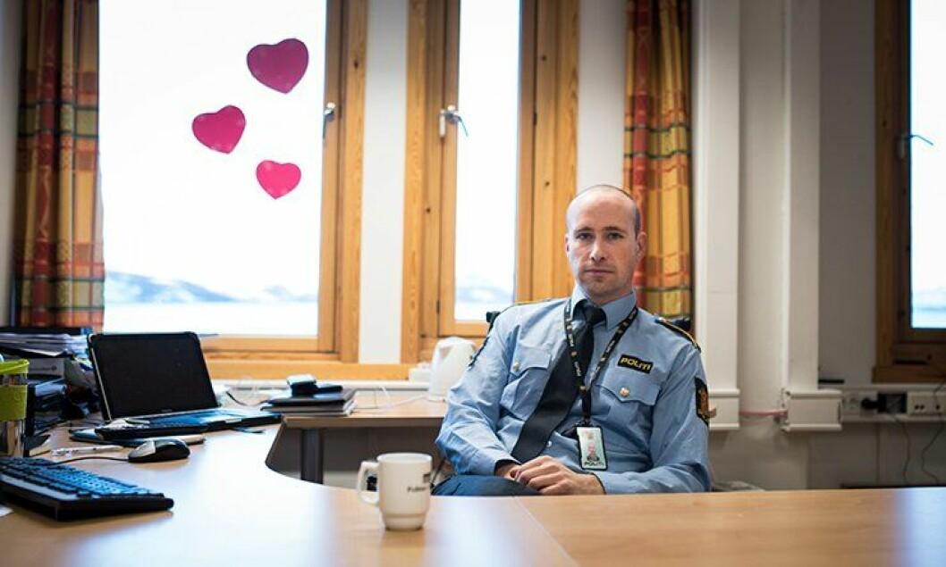 Fungerende politistasjonssjef i Kirkenes Torstein Pettersen forteller at nye problemer dukker opp stadig vekk. Det fører til nedprioritering av annet politiarbeid.