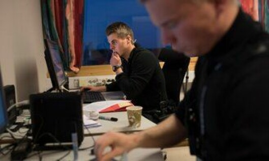 Vegard Rabben (til venstre) og Simon Pedersen er blant mange nyutdannede politifolk som nå gjør en viktig jobb for Norge.