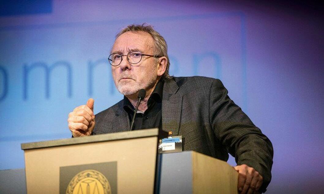 – Det er grunn til å spørre om det er mer krevende å være lensmannsbetjent enn politibetjent, sa Anders Folkestad under PFs landsmøte. Han brukte sin siste PF-tale til å si hva han mente at PF burde jobbe med videre.