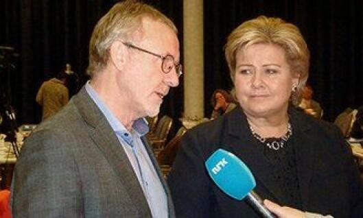 Anders Folkestad har aldri vært redd for å si hva han mener til politikerne. Her med Erna Solberg.
