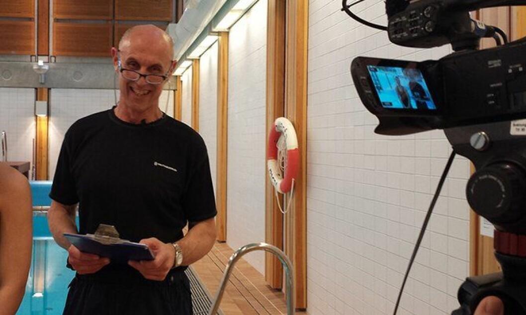 Gunnar Klem under innspillingen av en film om opptaksprøvene til Politihøgskolen.