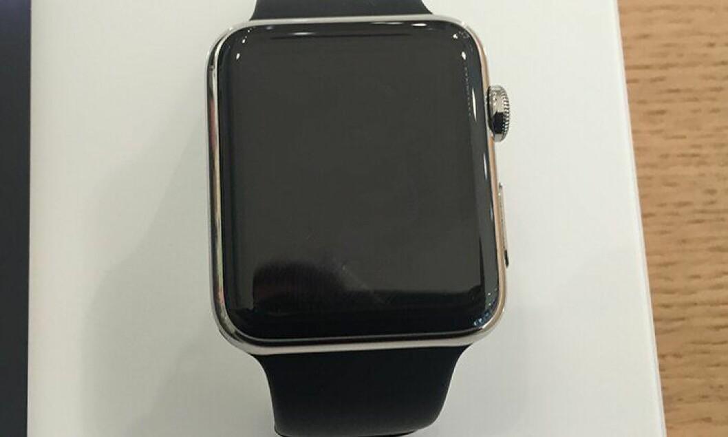 Nye Apple Watch vil sitte rundt håndleddene til politifolk i framtida.