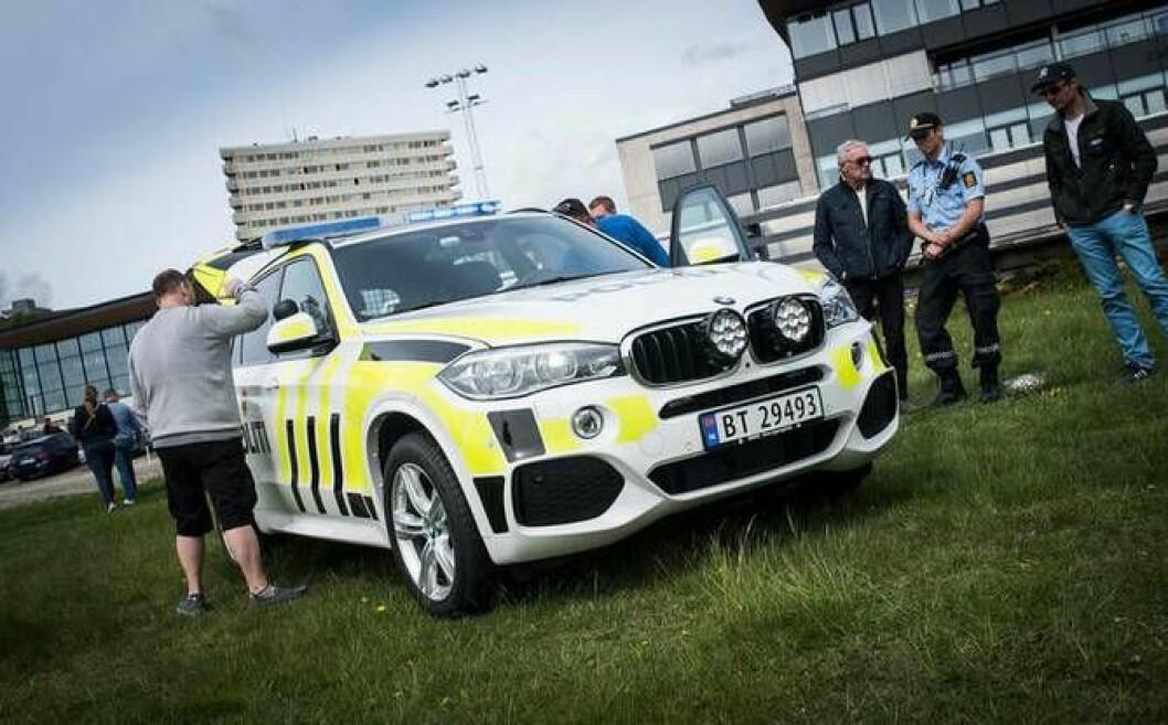 BMW-folket fikk smake på politiets X5. For anledningen en demobil lånt inn fra PFT.