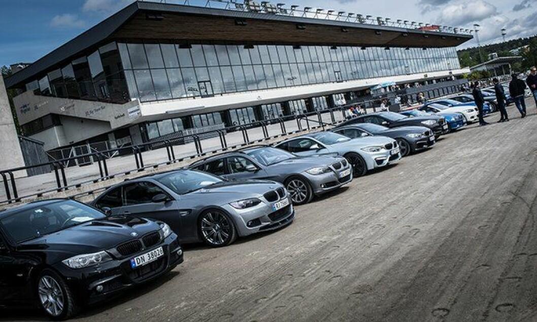 Ingen tvil om hva slags biler som hadde eksklusiv adgang på Bjerke travbane i helga.