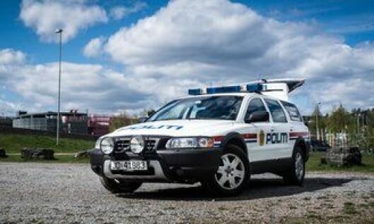 Hundebilen til Gjøvik politistasjon brøt sammen på senvinteren, og det ble først besluttet at den ikke skulle repareres. Men avgjørelsen ble reversert, og i mai passerte den 500.000 kjørte kilometer.