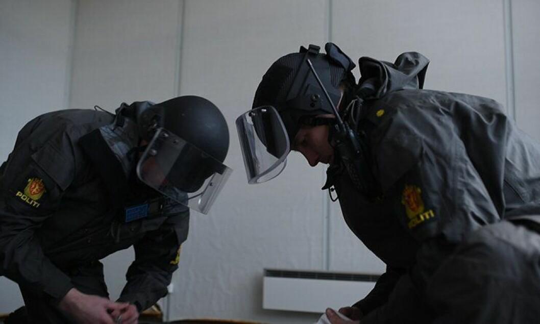 IP3-politifolk i Bodø trener under en tidligere øvelse i Bodø.