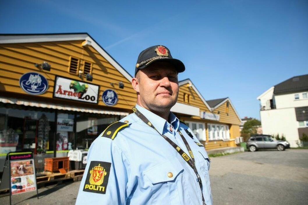Vidar Aasvangen ved Nes lensmannskontor er kritisk til hva som får og ikke får slippe til på Kilden, politiets intranett.