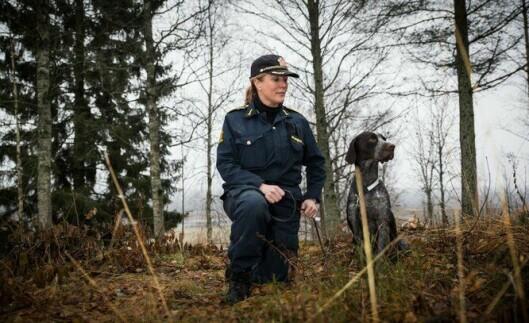 PÅ PLASS: Ingrid Eidstumo sammen med Carlsen ved sin side. Her fra Politihøgskolen på Sæter, like utenfor Kongsvinger i fjor høst. ARKIV