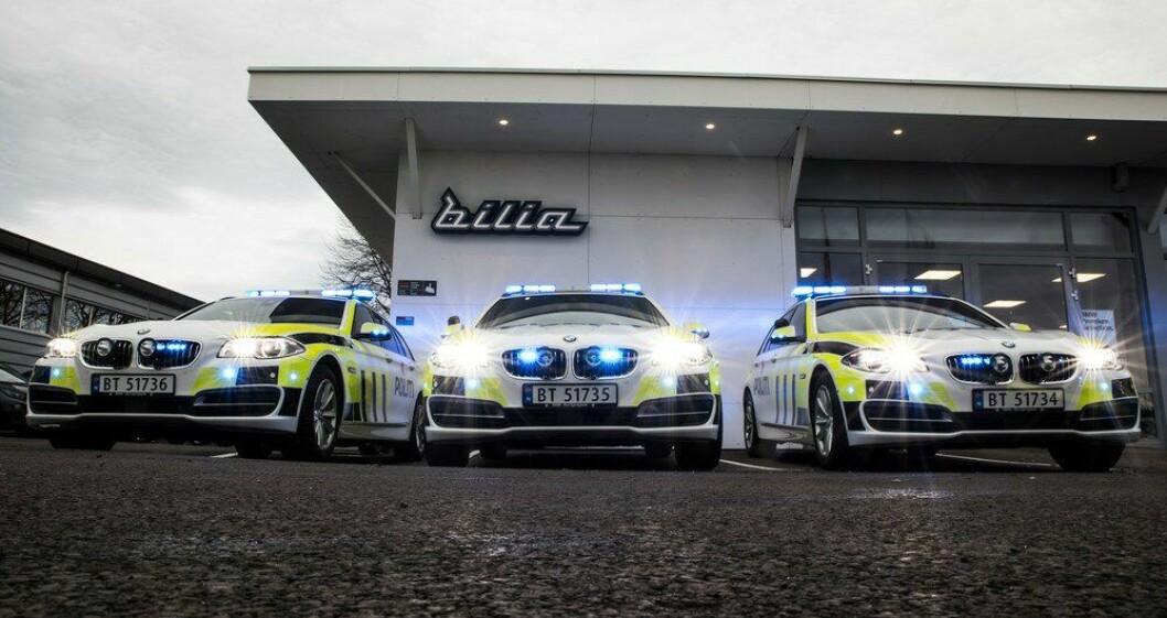Politiets første BMW-er er på veien. Her er de oppstilt på i ren gatebilstil i Tønsberg.