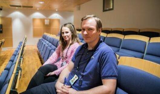 Astrid Hasselgård Breie og Anders Bille Johnsrud sier de som etterforskere fortsatt har mye å lære. Kurset var kjærkomment.