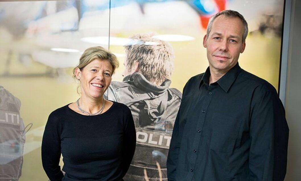 Tospann: HR-direktør Karin Aslaksen og hovedverneombud Audun Buseth i politi- og lensmannsetaten, er fornøyde med de nye retningslinjene for varsling i politiet.