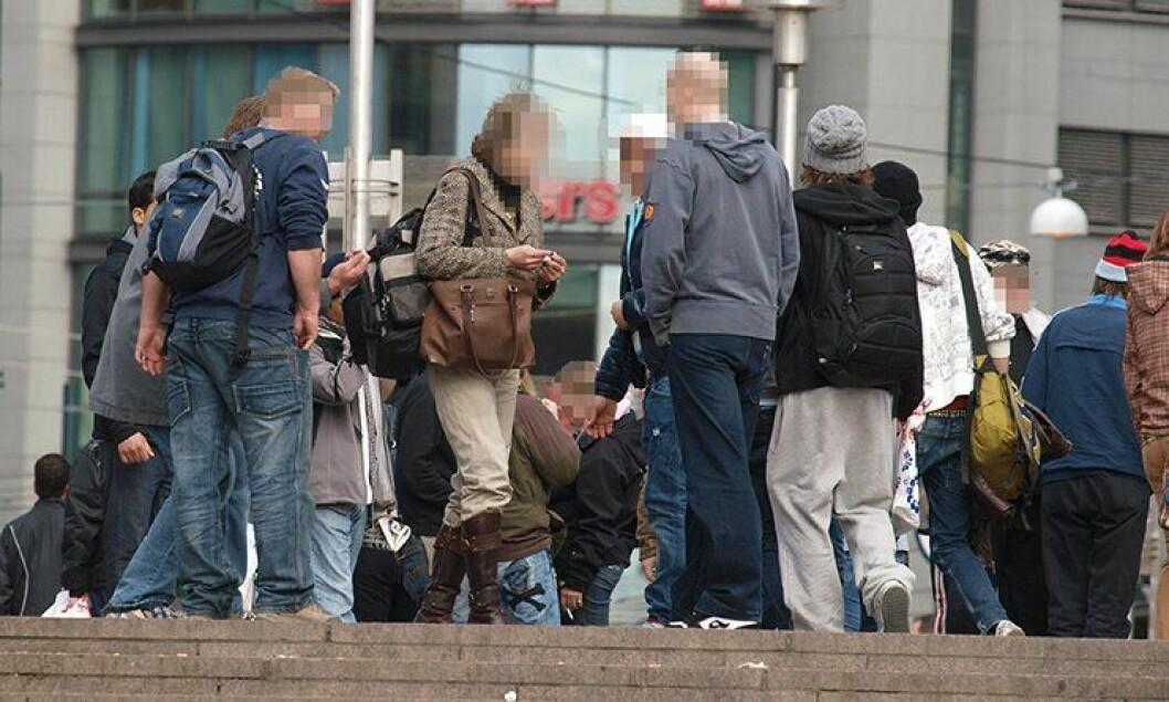 Narkotikamisbrukere utenfor Oslo sentralstasjon.