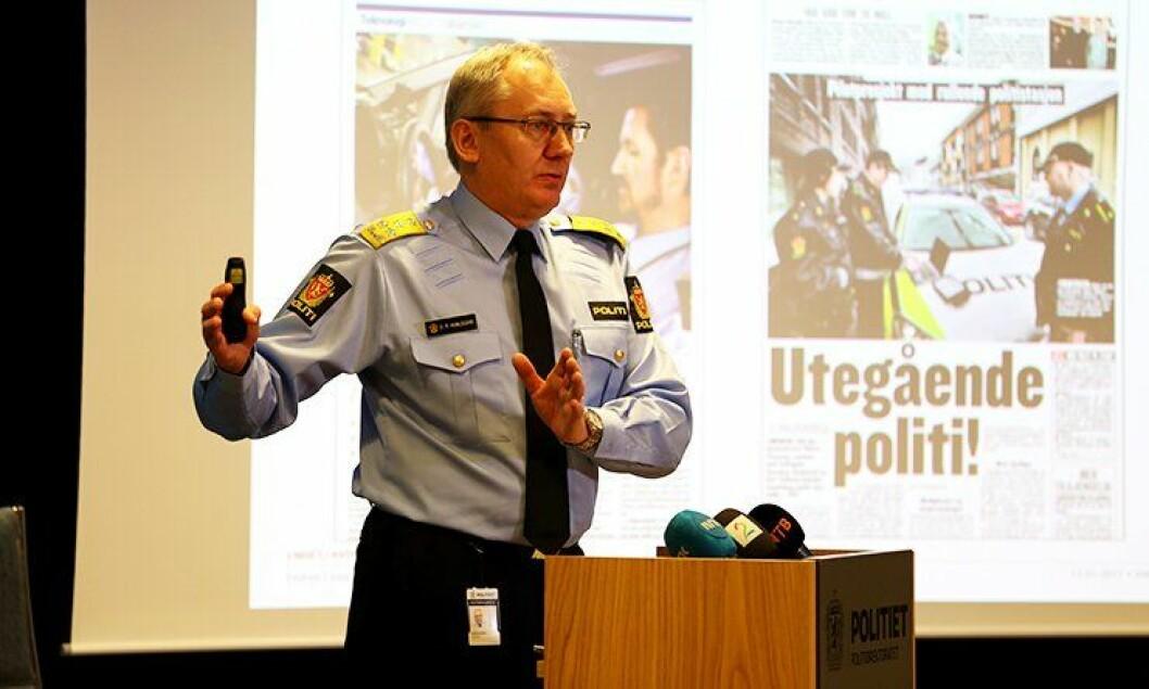 I dag presenterte politidirektør Odd Reidar Humlegård den endelige beslutningen om ny distriktstruktur. 221 tjenestesteder videreføres.