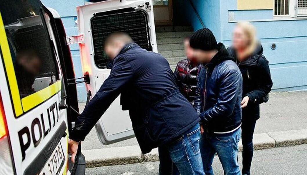 Politiets lommetyverigruppe i hovedstaden pågriper en lommetyv i 2014. Lommetyveriene ble halvvert i årene før dette.