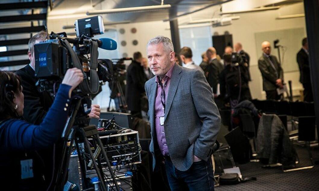 Anders Snortheimsmoen intervjues av NRK i etterkant av framleggelsen av bevæpningsutvalgets utredning.