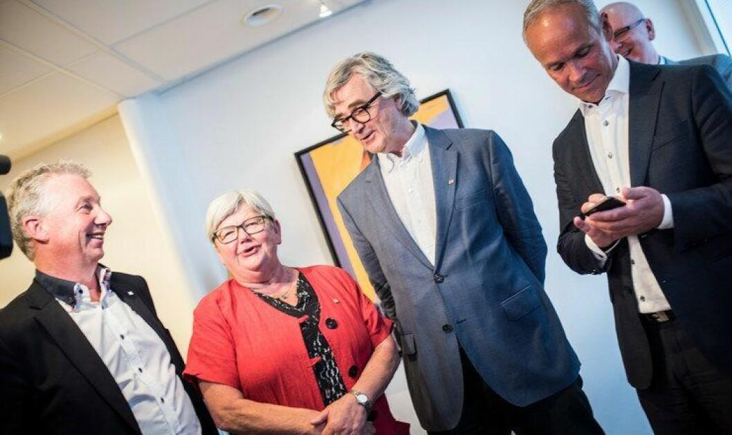 Staten og hovedsammenslutningene er enige om lønnsoppgjøret. Her fra fjorårets oppgjør, med Unios forhandlingsleder Petter Aaslestad i midten.