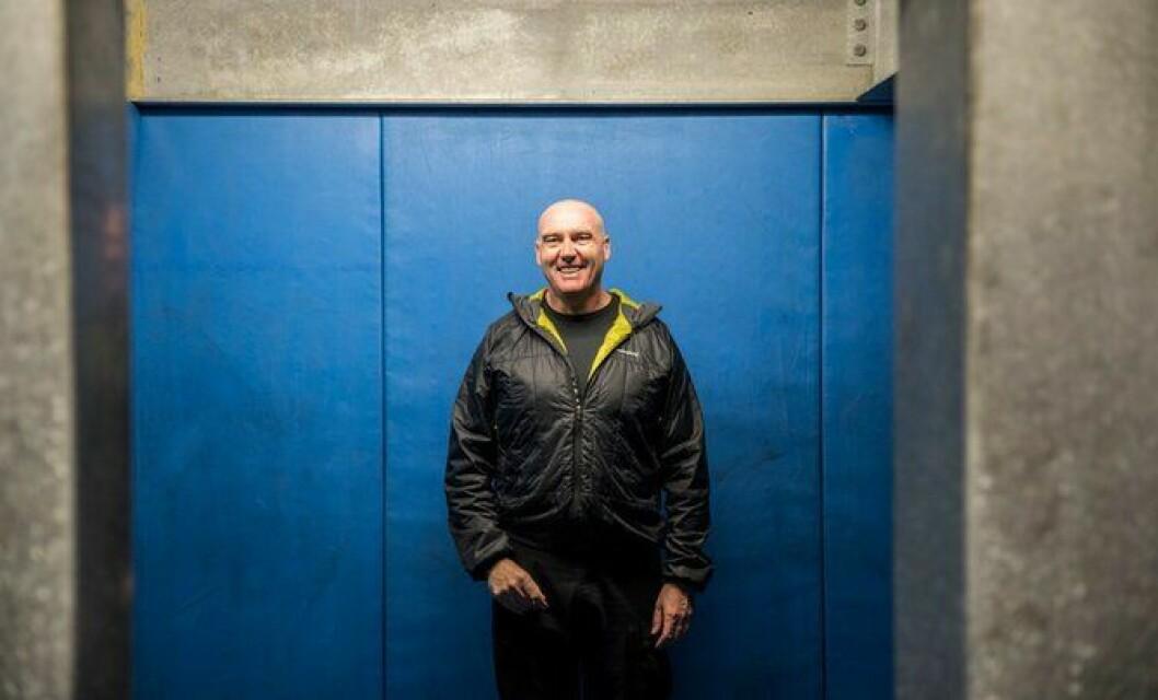 Neil Pollock i London-politiet, mener taser er tryggere for politi, kriminell og publikum for øvrig.