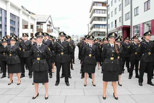 KLARE: Elevene i 2017-kullet ved Politihøgskolen i Bodø tidligere i vår er ferdig med tre spennende år. ARKIVFOTO: Liv Rønnaug B. Lilleåsen