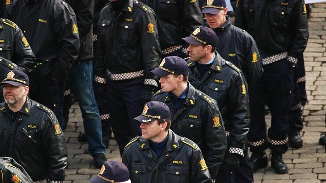 BEMANNER: Politiet i Fredrikstad bemanner opp ekstra til tross for demonstrasjonsforbud. ILLUSTRASJONSFOTO